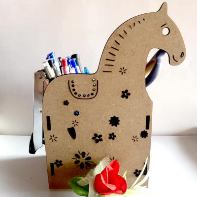 Hộp bút ngựa